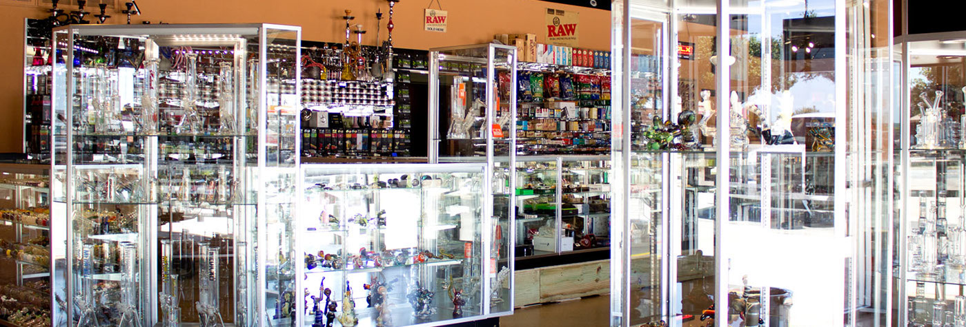 Puff N Stuff Smoke Shop - Store Photos